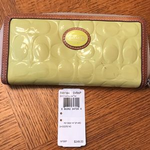 Authentic Coach Peyton wallet